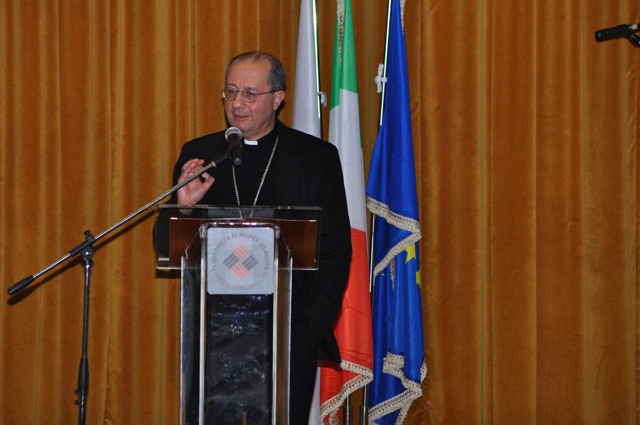 Mons. Bruno Forte all'UER